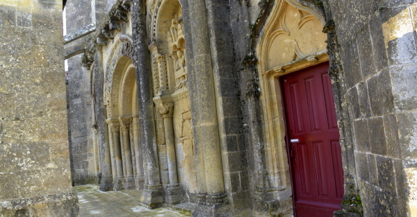 Incredible Roman portal of the Church Foussais-Payre in the Vendee